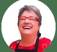 Pierrette, le chef de la meilleure recette des petits pots de crèmes aux œufs à la vanille comme autrefois