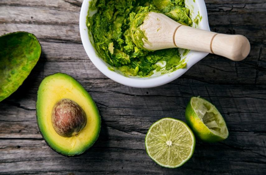 guacamole en préparation