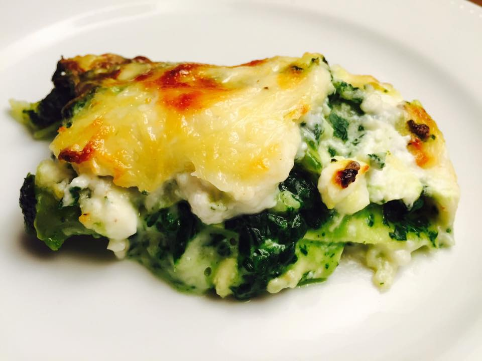 lasagnes verde pinards ch vre blettes broccio et parmesan lameilleurecette. Black Bedroom Furniture Sets. Home Design Ideas